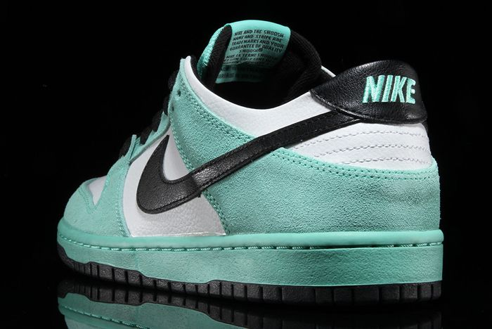 Nike Sb Dunk Low Sea Crystal 2
