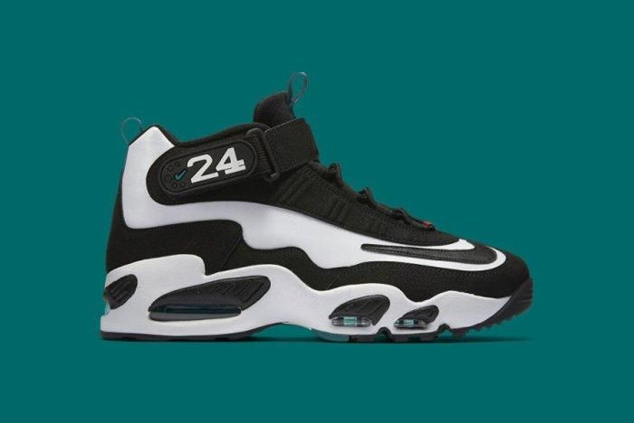 Nike Air Griffey Max 1 White Black Freshwater