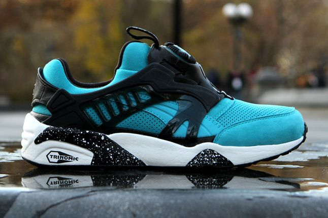 Ronnie Fieg Puma Disc Blaze The Cove Black Friday Side Profile 1