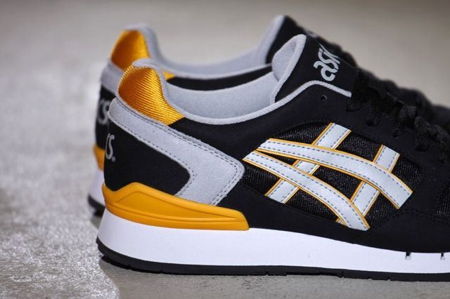 Asics Gel Atlantis Black Yellow 2