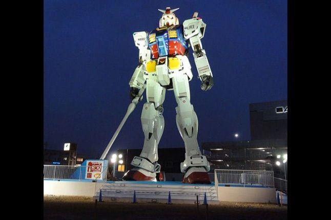 60 Foot Gundam 11 1