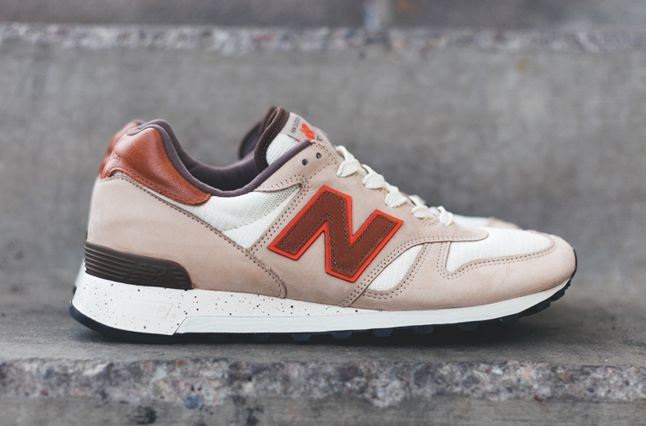 New Balance 1300 Grain Bone Thumb