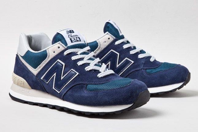New Balance 574 Classics Nav 2 1