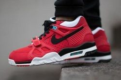 Nike Air Trainer 3 University Red Thumb
