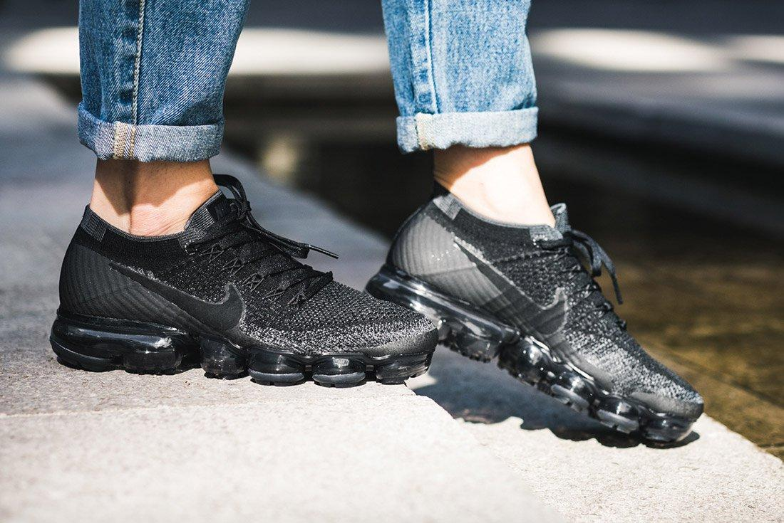 Nike Air Vapormax Black Anthracite On Feet 7