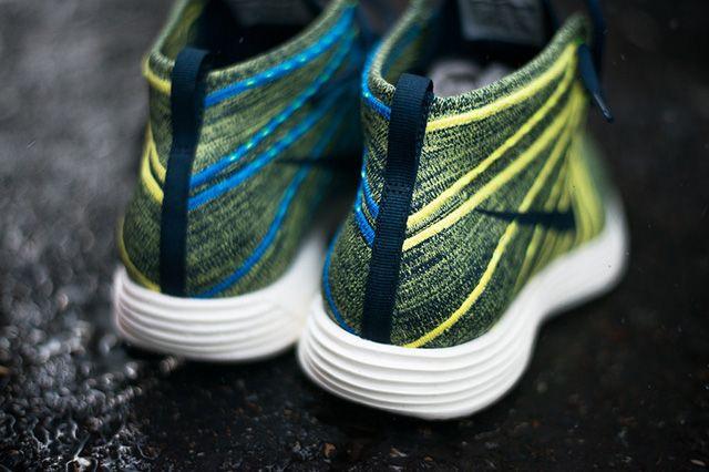 Nike Lunar Flynit Chukka Squadron Blue Electric Yellow 4