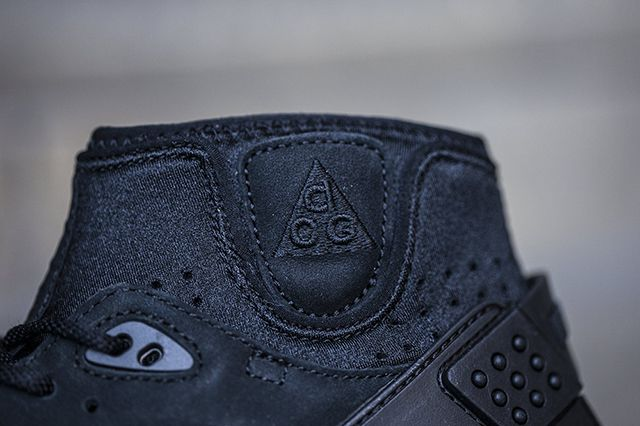 Nike Air Mowabb Og Black 3