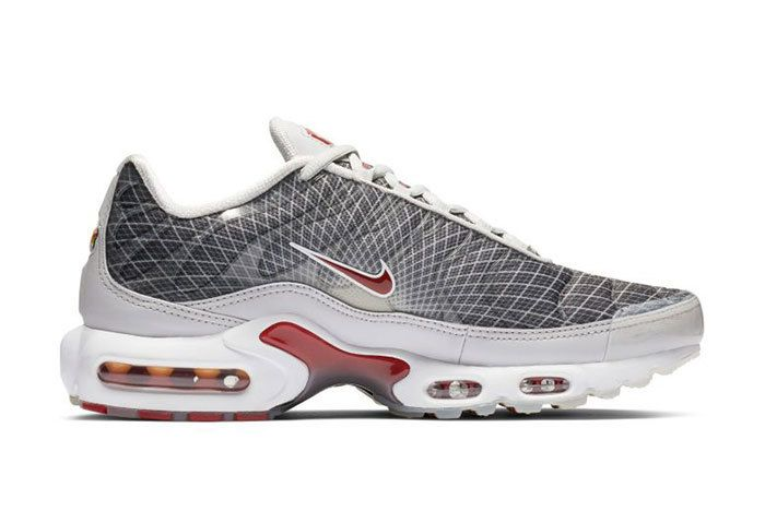 Nike Air Max Plus Grid Grey Red Right