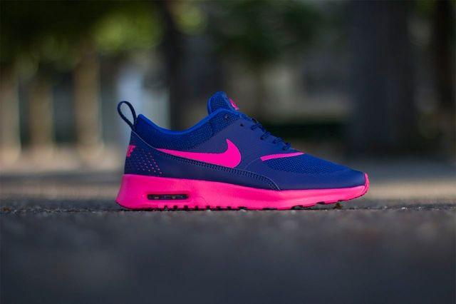 Nike Wmns Air Max Thea Deep Royal Blue Hyper Pink