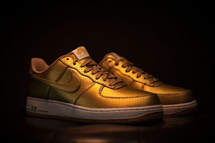 Nike Af107 Lv8 Mtllc Gld Wht 1