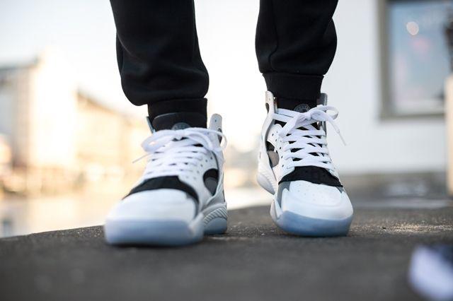 Nike Air Flight Huarache White Cool Grey 1