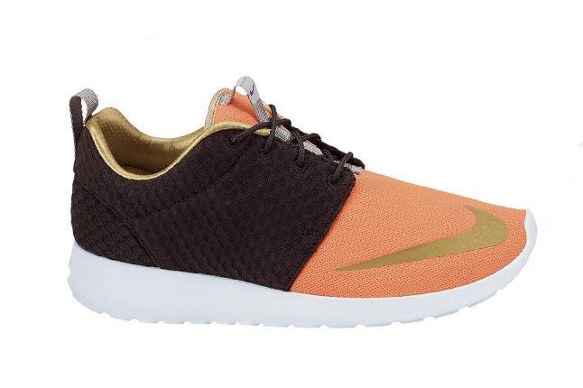Nike Roshe Run Fb Metgold Crimson Profile 1