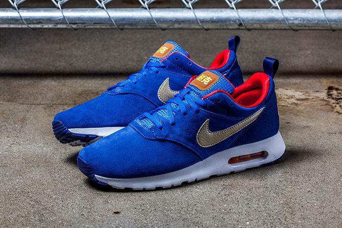 Nike Air Tavas Ltr Blue Gold 1