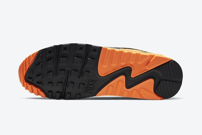 Nike Air Max 90 Total Orange Outsoles