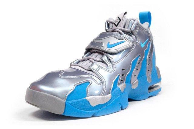 Nike Air Dt Max 96 Metallic Silver Vivid Blue 6