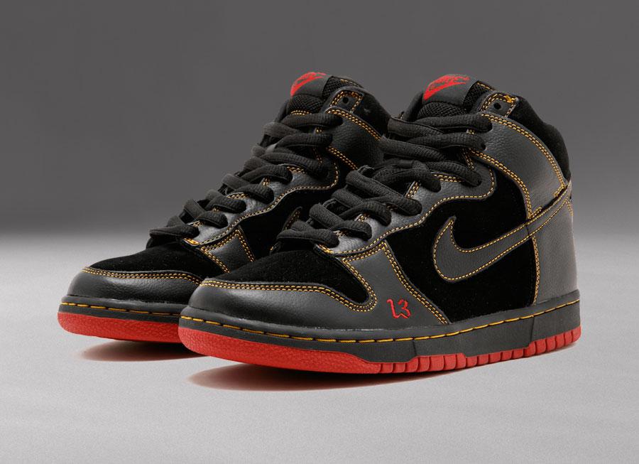 Nike SB Dunk High 'Unlucky'