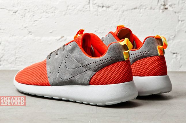 Nike Roshe Run Challenge Red 3