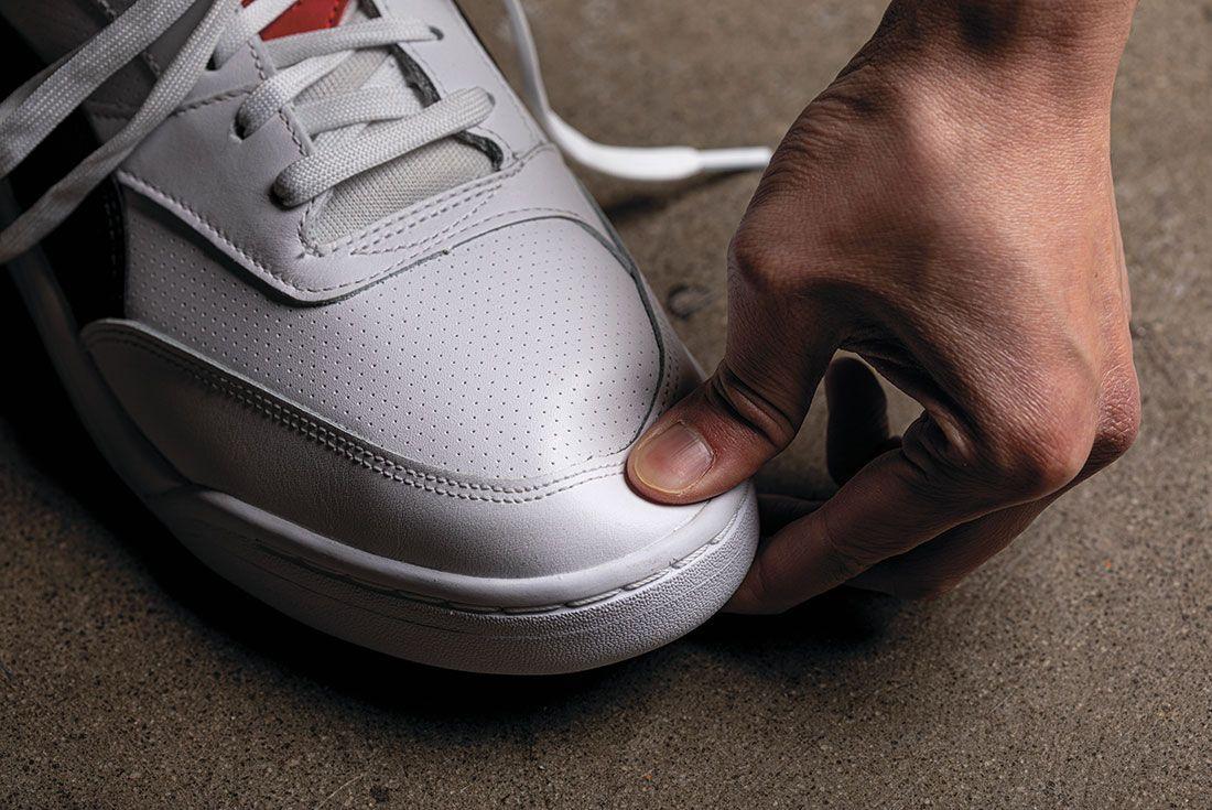 Sneaker Freaker Wrong Shoe Size Thumb