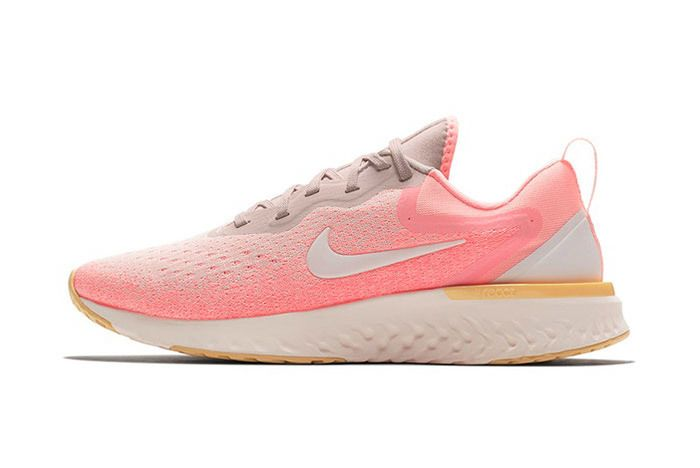 Nike Odyssey React Olive Pink 6