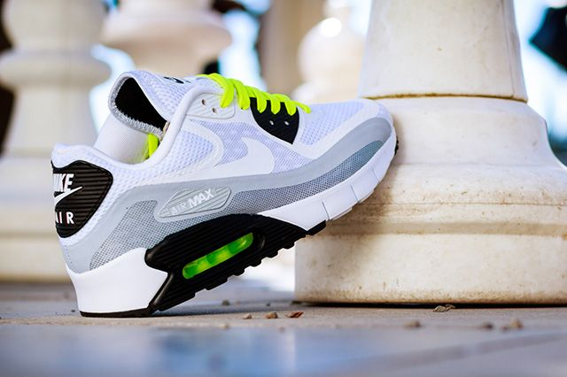 Nike Air Max 90 Breeze (Black Volt) - Sneaker Freaker