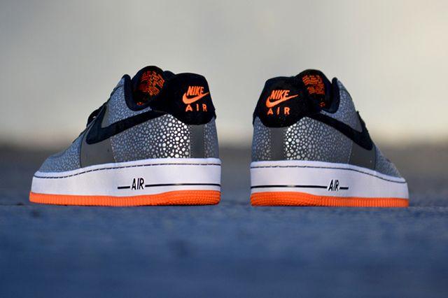 Nike Air Force 1 Safari 21