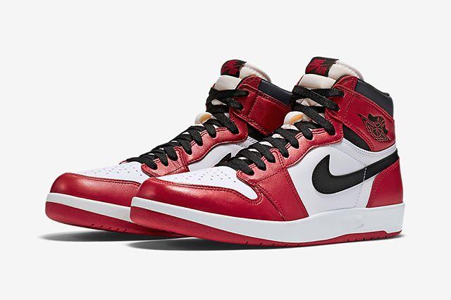 Air Jordan 1 5 Chicago1