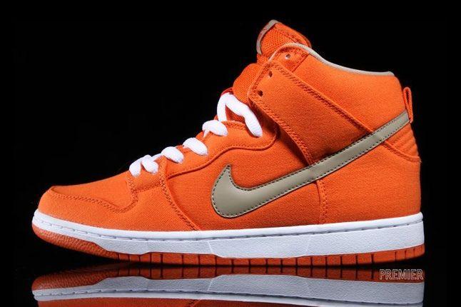 Nikesb Dunk High Pro Orange Bamboo Profile 1