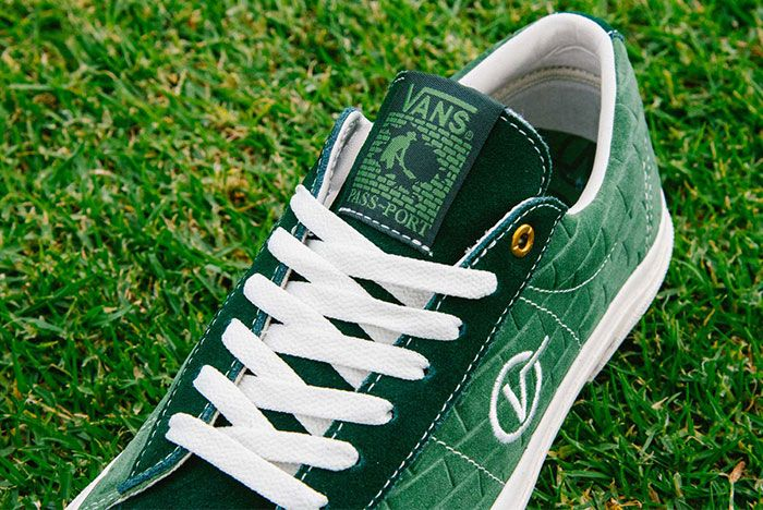 Vans Pass Port Sid Pro Bomber Pack Green Red Up Close