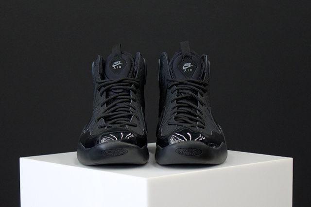 Nike Air Bakin Blackout