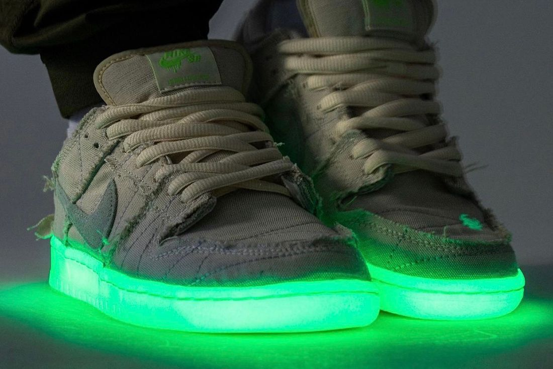 Nike SB Dunk Low 'Mummy' on foot