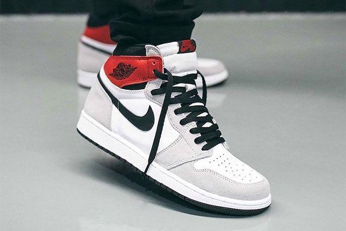 On Foot Air Jordan 1 High Og Light Smoke Grey Right 2