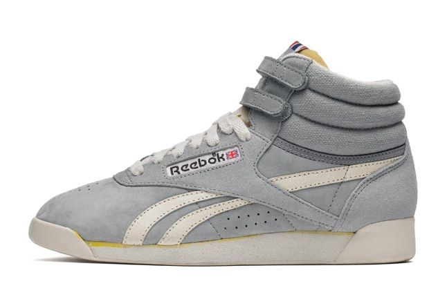 Reebok Freestylehi Vintage Grey Profile 1