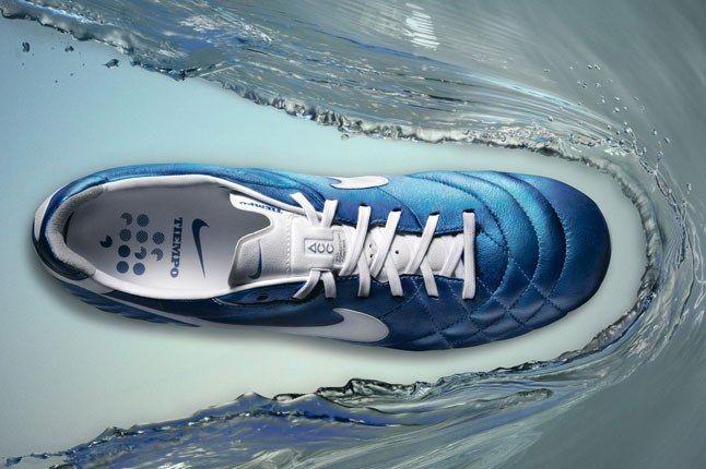 Nike Tiempo Boot Top 1
