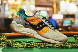 Feature Saucony G9 Shadow 5 The Pumpkin Thumb
