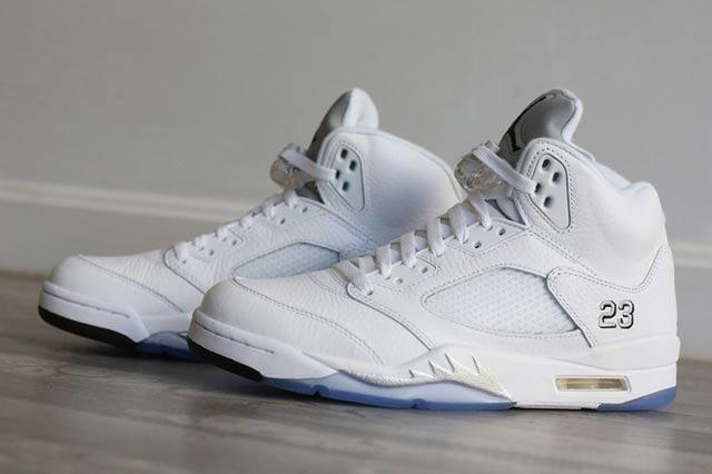Jordan 5 White Metallic 1