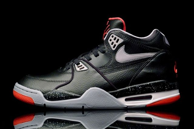 Nike0Air Flight 89 Bred 4