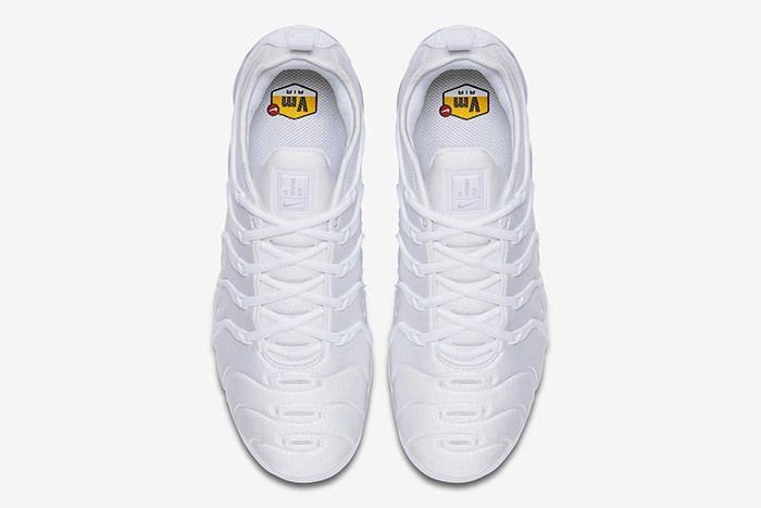 Nike Air Vapormax Plus Triple White 4