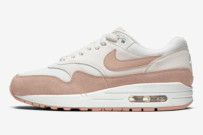 Nike Air Max 1 Sandy Suede 319986 120 Lateral Side Shot