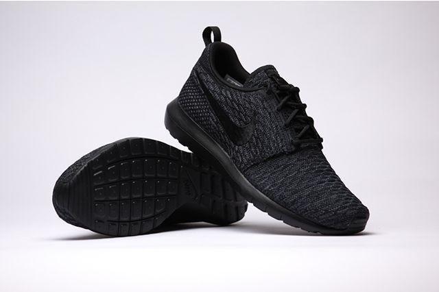 Nike Flyknit Rosherun Black Black 3