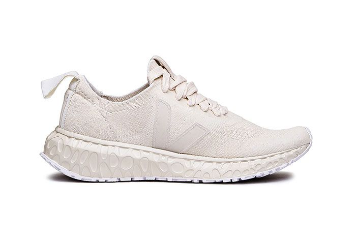 Rick Owens Veja Sustainable Cream Runner Lateral Side Shot