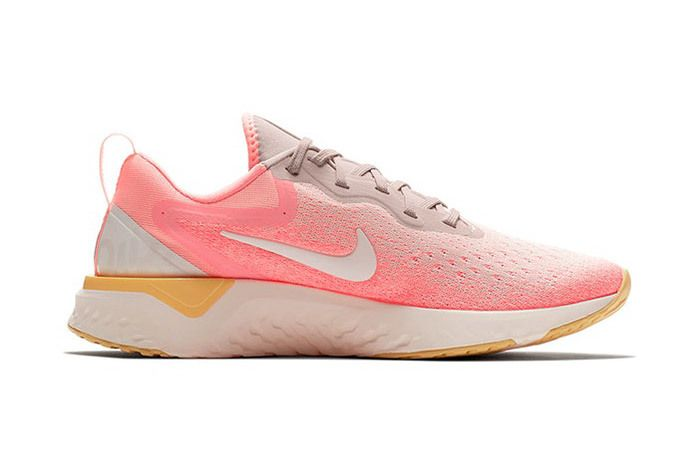 Nike Odyssey React Olive Pink 5