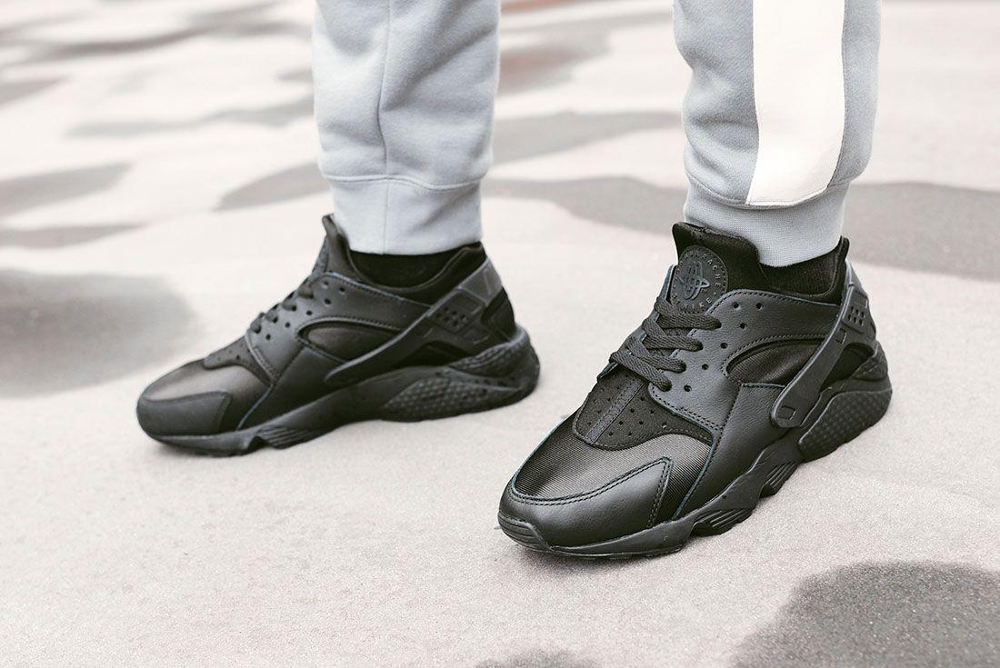 Nike Air Huarache Triple Black JD Sports