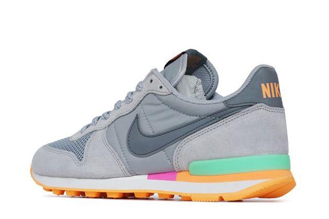 Nike Internationalist Cool Grey Candy 3