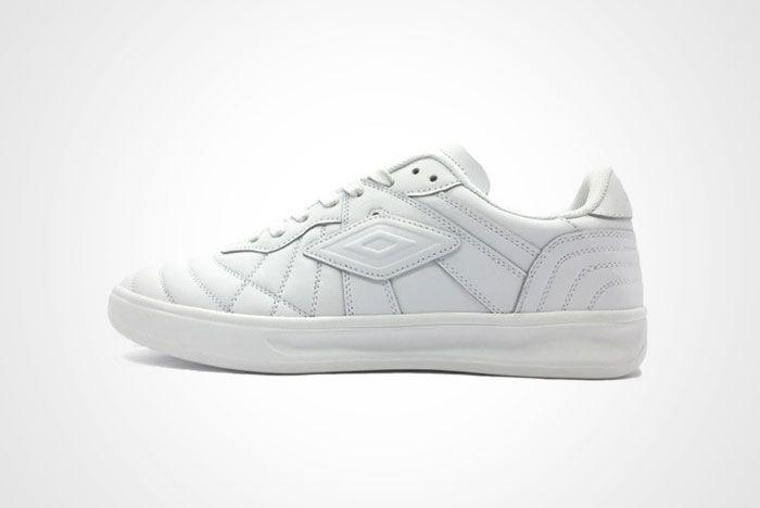 Off White Umbro Coach Sneaker Thumb