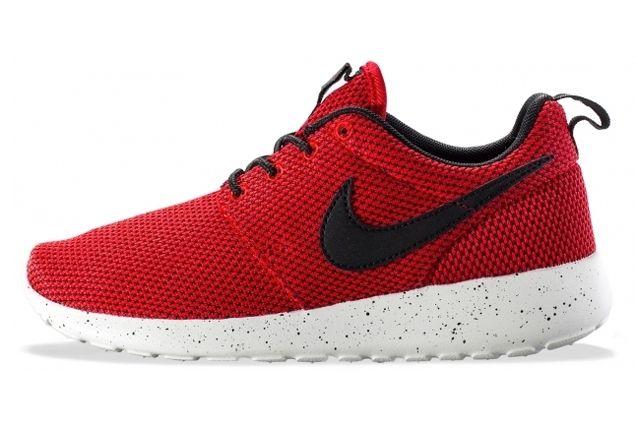Nike Roshe Run Red