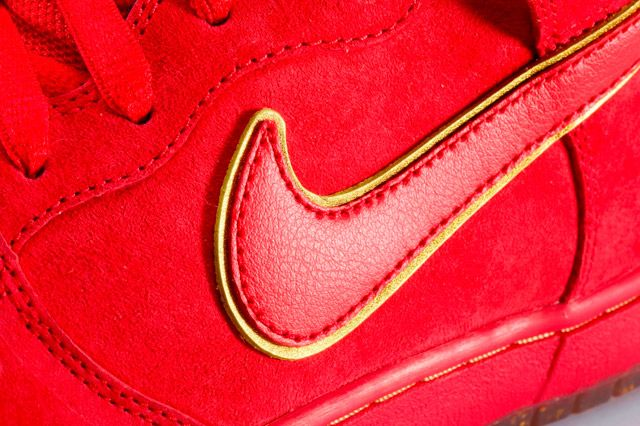 Nike Dunk High Premium Sb Red Swoosh