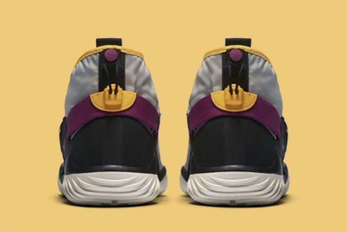 Nike Komyuter Grey 5