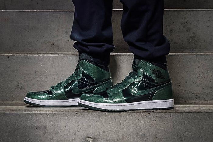 Air Jordan 1 Retro Hi Grove Green 5