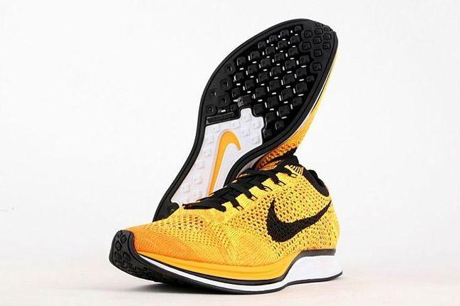 Nike Flyknit Racer Yellow Black 2
