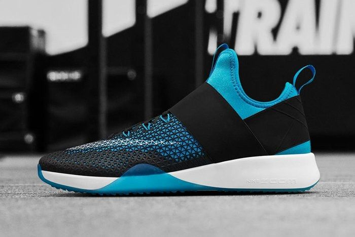 Nike Air Zoom Strong Wmns Blue Glow